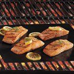 Seacue Tapis de Cuisson, Set de 5 Tapis de Cuisson pour Barbecue et Four- 40cm*33cm Feuilles Anti-adhérent de BBQ et Feuilles de Cuisson réutilisable pour les barbecue à gaz, Charbon ou électriques de la marque Seacue image 2 produit